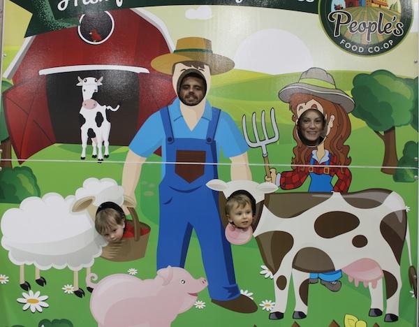 Farm scene-family