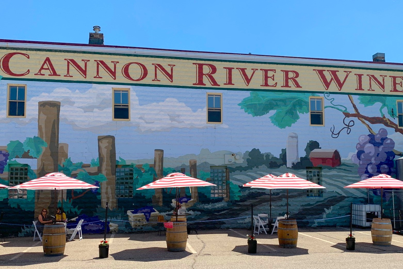 CannonRiver_patio.jpg