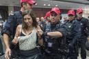 1253586-policiers-intervenus-pour-expulser-manifestants.jpg