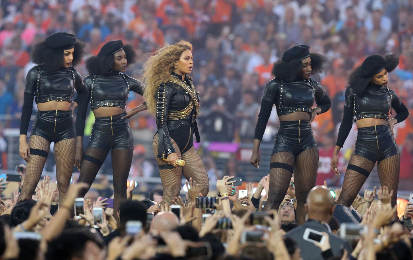 Beyonce_Black_Panthers_rtr_img.jpg