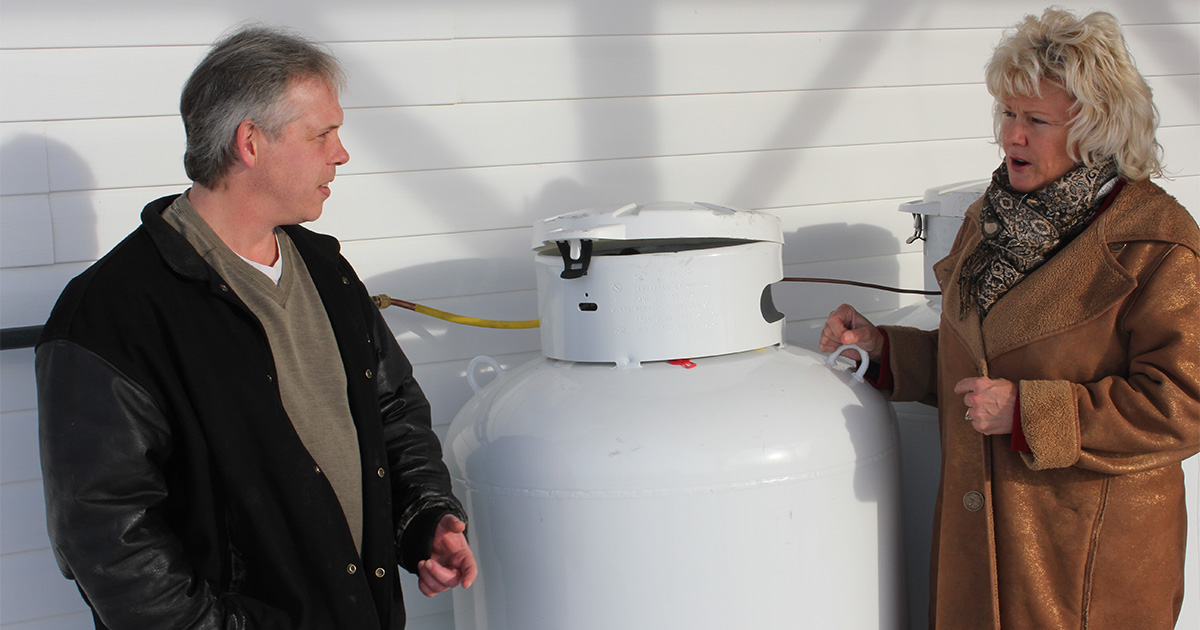 Cheryl-Gallant-MP-with-Westmeath-resident-over-his-high-propane-costs