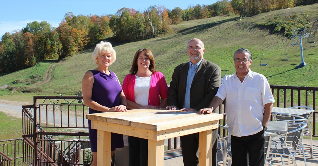 MP-Gallant-brings-EODP-Funding-to-Calabogie-Peaks-Resort-1200