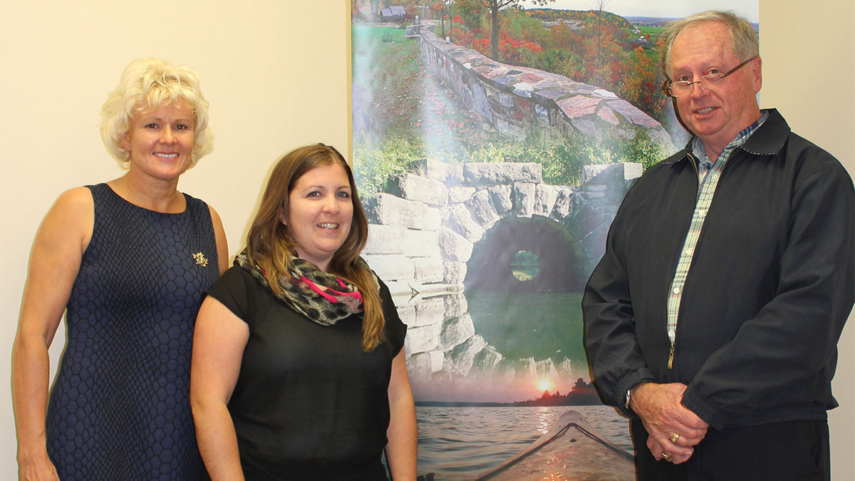 MP-Gallant-meeting-with-Shannon-Fraser-and-Dave-Lemkay-1200