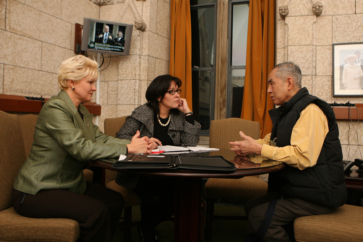 Cheryl Gallant and Dr Eng speak with the Minister of Health