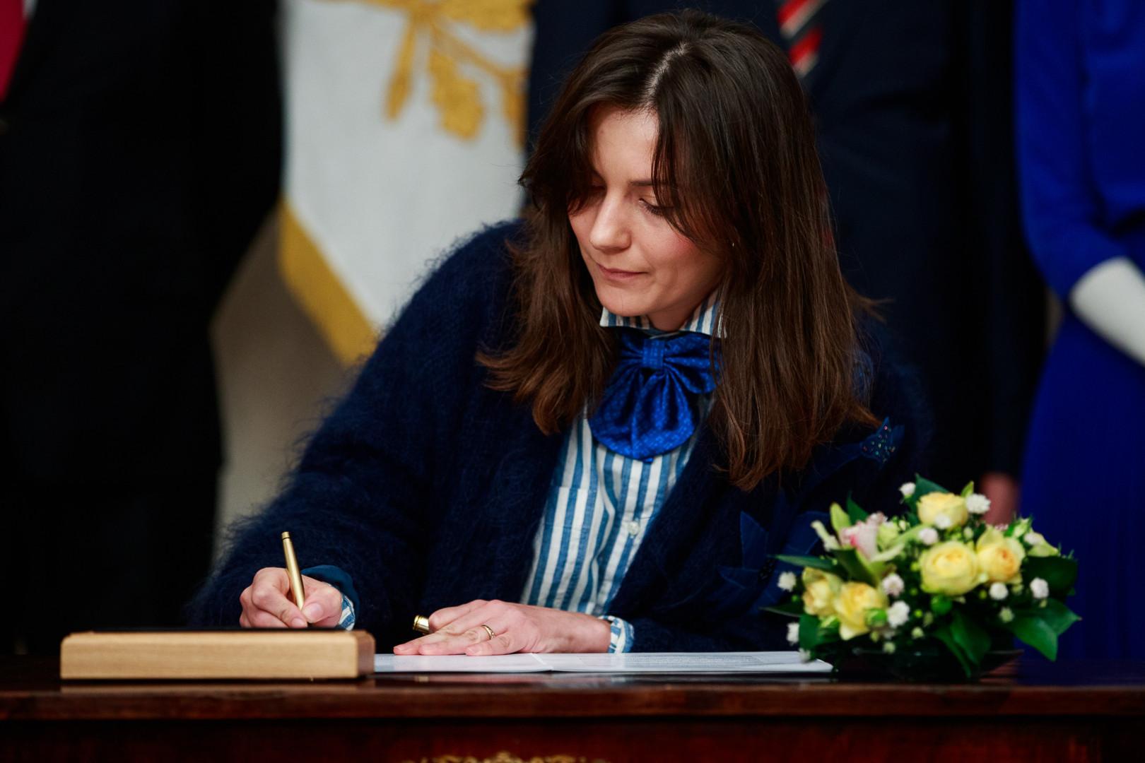 Züleyxa Izmailova: Rahvas valigu ka presidenti
