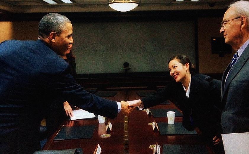 president_obama_and_rpcvw_president_mariko_schmitz_2013.jpg