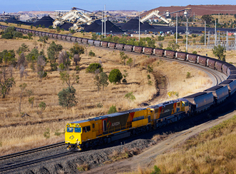 aurizon_train.jpg