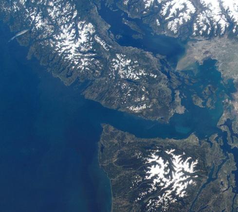 NASA_ISS004-E-10921_lrg-cropped.jpg