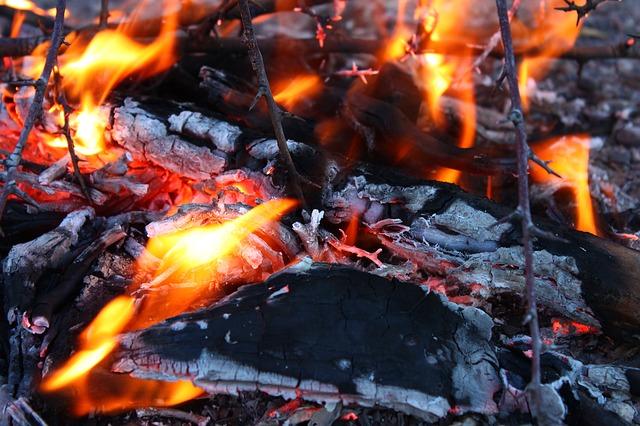 fire-56677_640.jpg