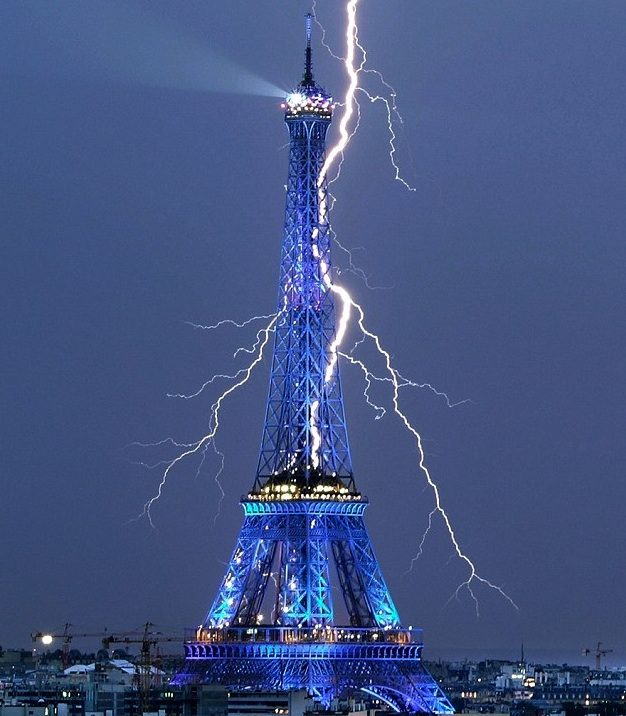 Eiffel_tower.jpg