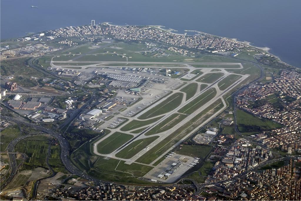 Ataturk_Airport_overview_Karakas.jpg