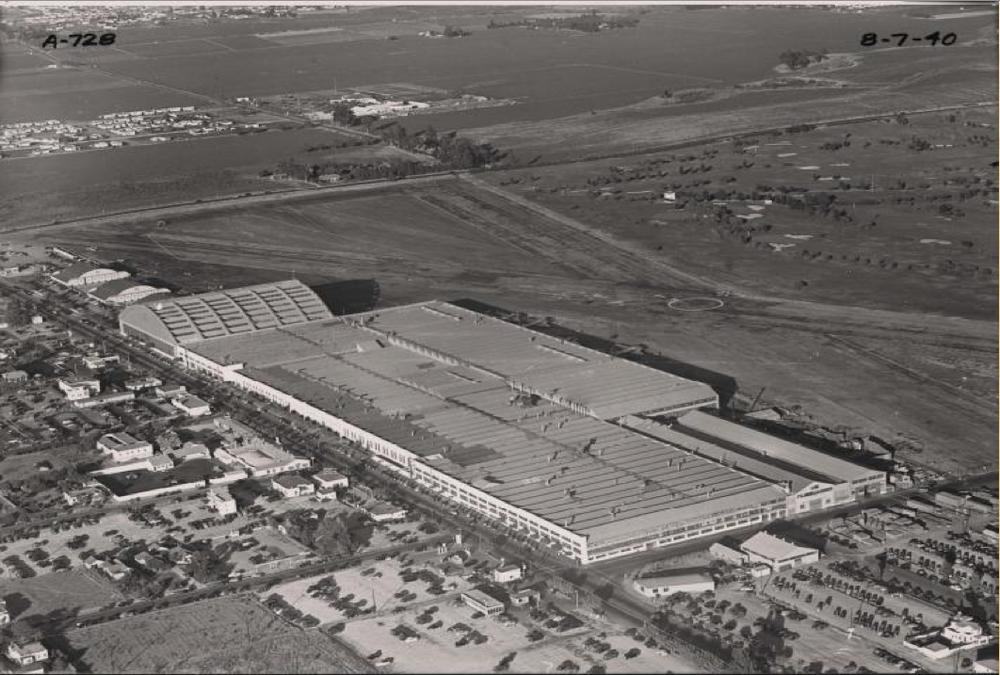 Douglas-Factory-1940.png