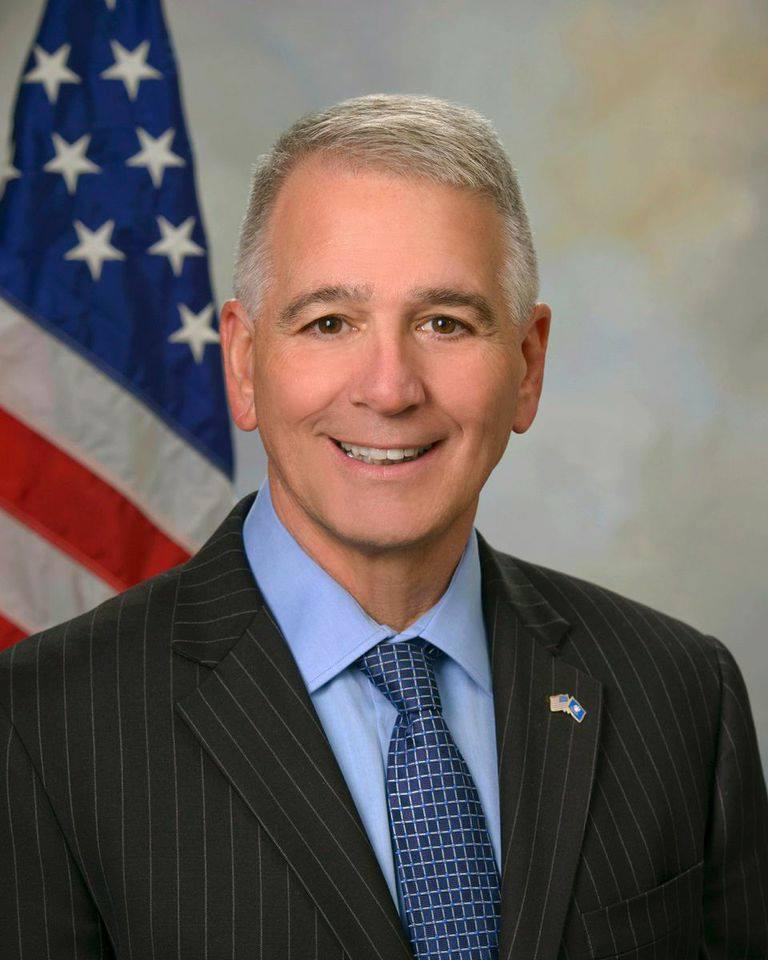 Ralph_Abraham_official_congressional_photo.jpg