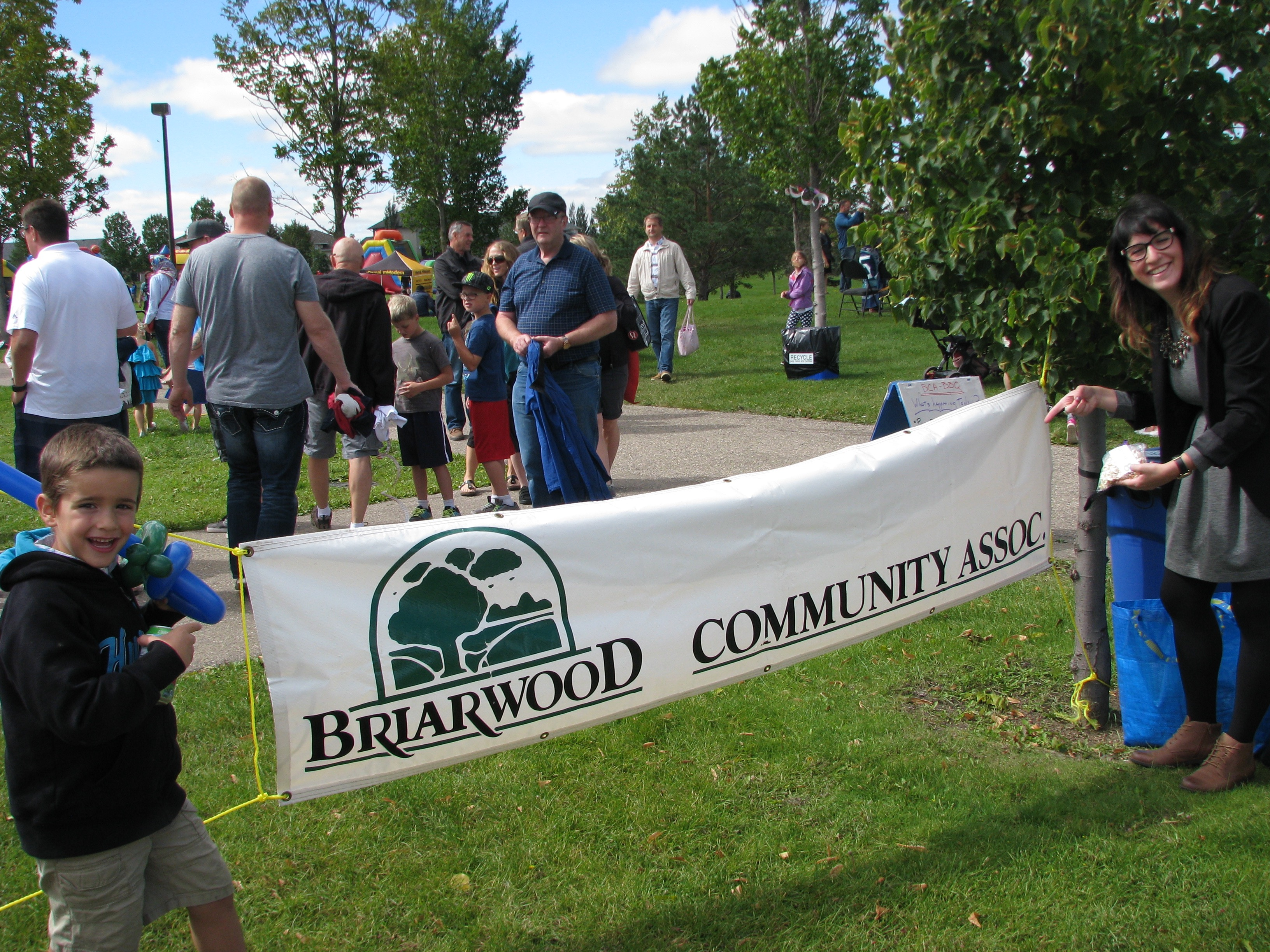 Briarwood_Annual_BBQ_-_Photo_2.jpg