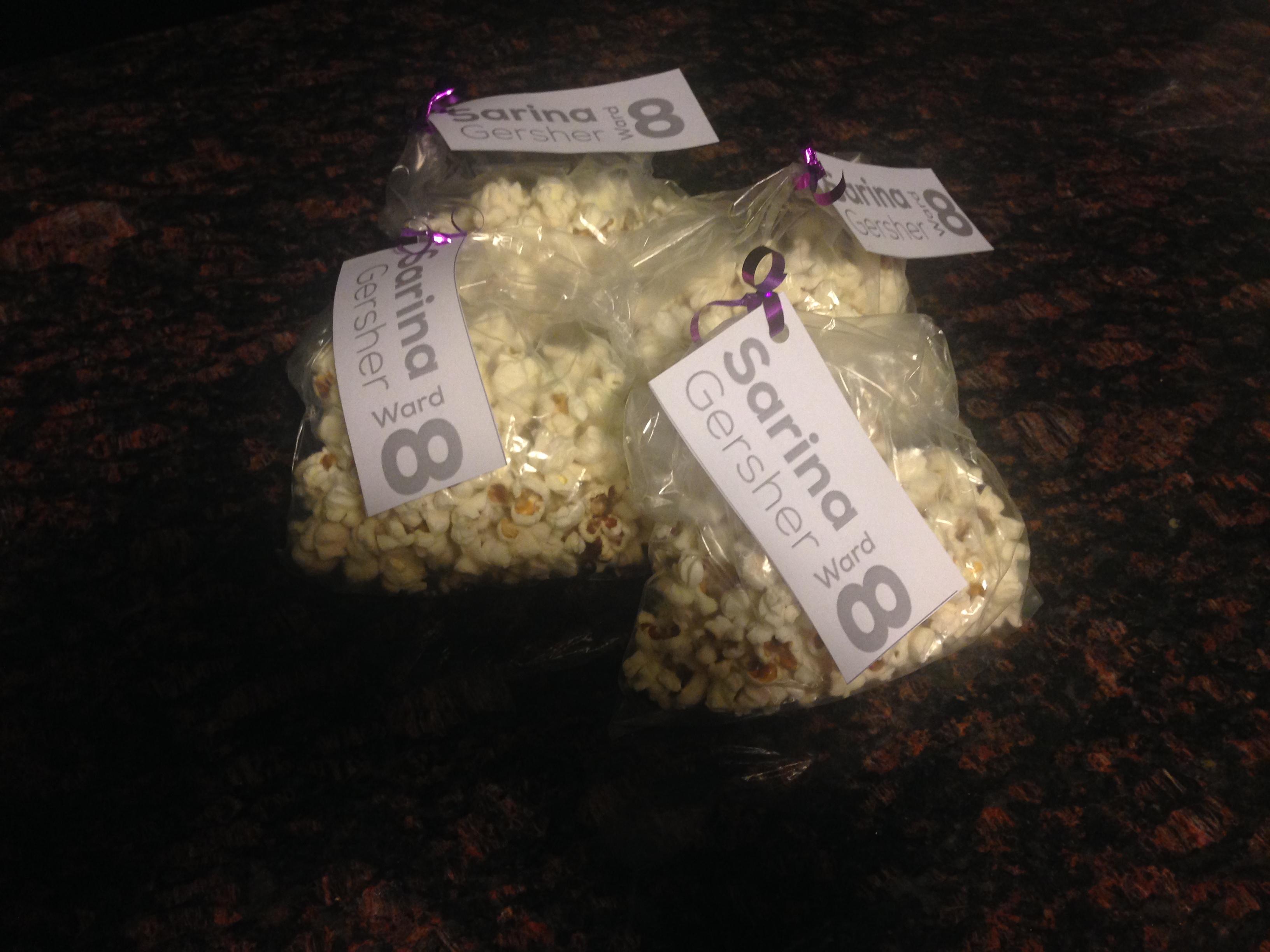 Hand_popped_popcorn.JPG