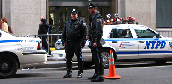NYPD_cops_in_Manhattan.jpg