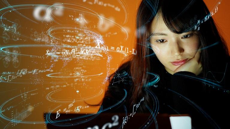 asan_woman_calculate.jpg