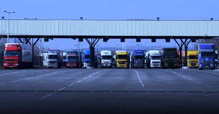 customs-union-border-trucks.jpg
