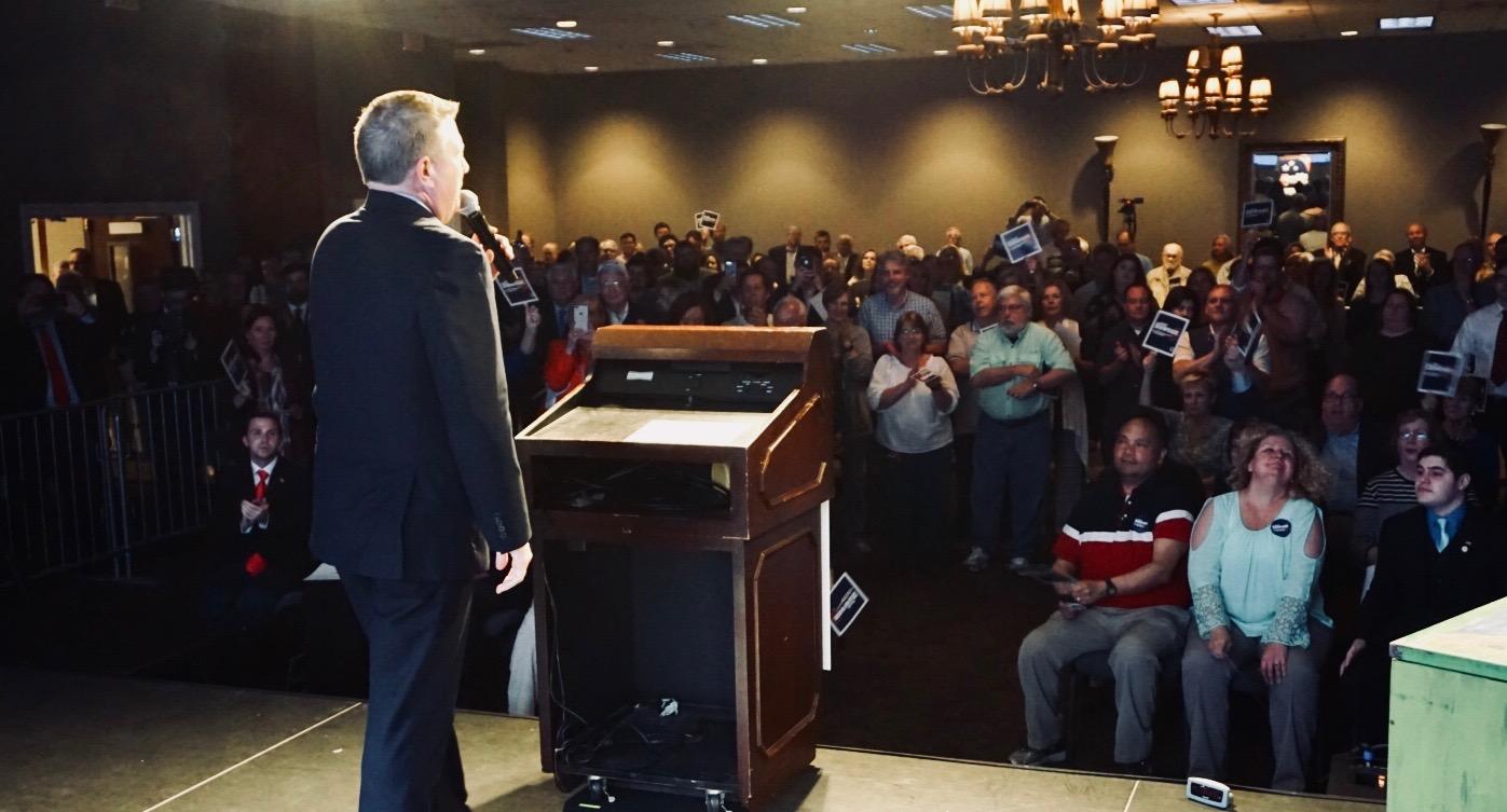 Scott Dawson speaks at Kickoff to Win Rally in Pelham