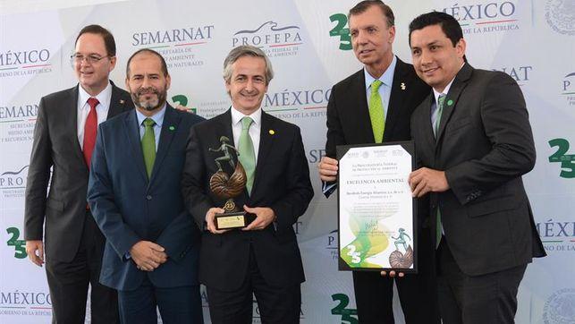 Gobierno-mexicano-Iberdrola-compromiso-ambiente_EDIIMA20170629_0965_4.jpg