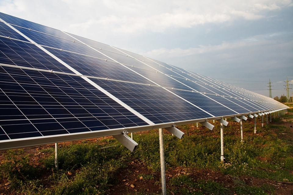 México instalará 5 centros de innovación de energías limpias