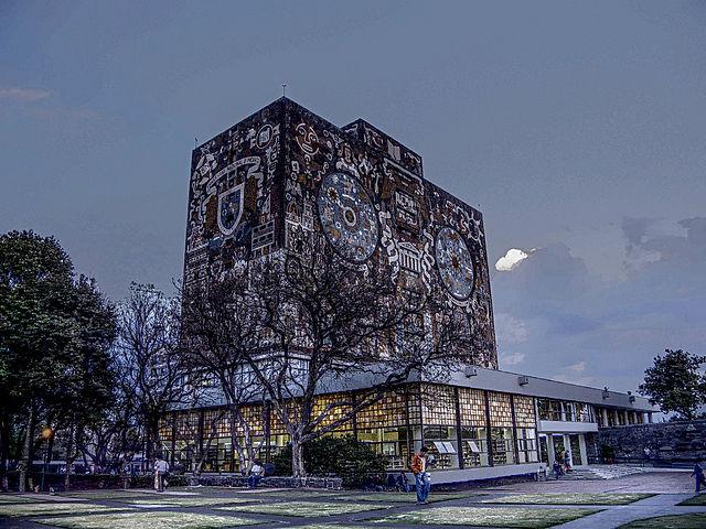 UNAM_Biblioteca_Central.jpg