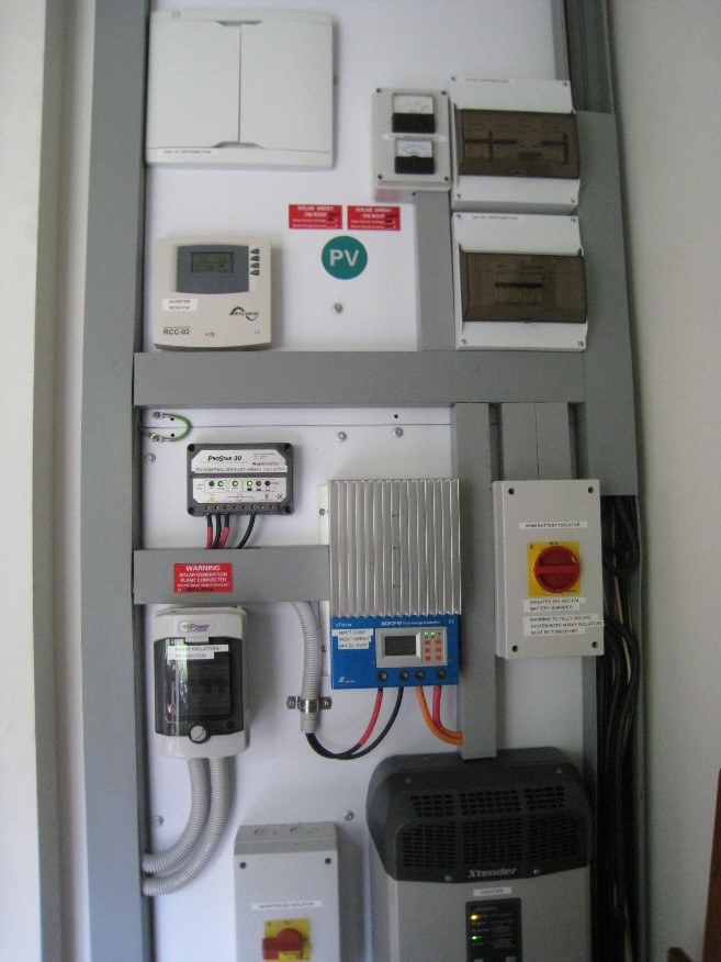 Power Board showing inverter, pv control and switching