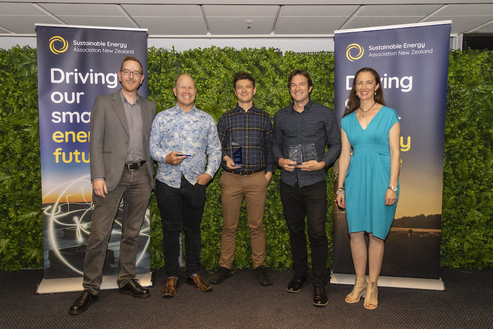 From left to right/ Dougal Gillman (Fronius) with Award winners Richard Cullwick (Vector Powersmart), Shay Brazier (Revolve Energy), Rogier Simons (Vector Powersmart) and Rebecca George (SEANZ).