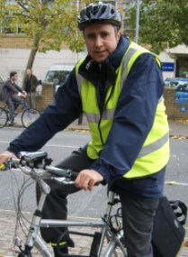 Transport_Jonathan_cycling_-_web.jpg