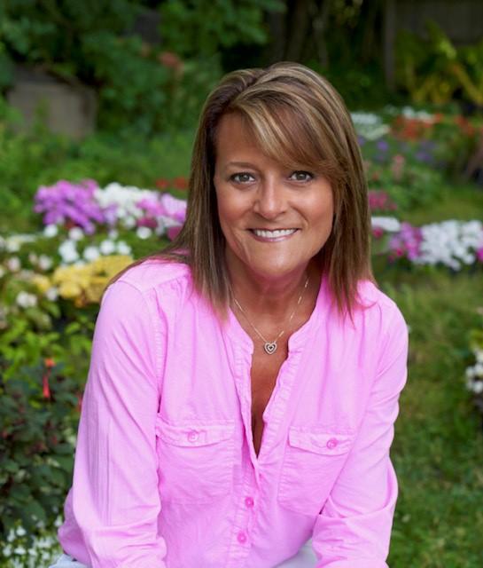 Lisa Smith Image