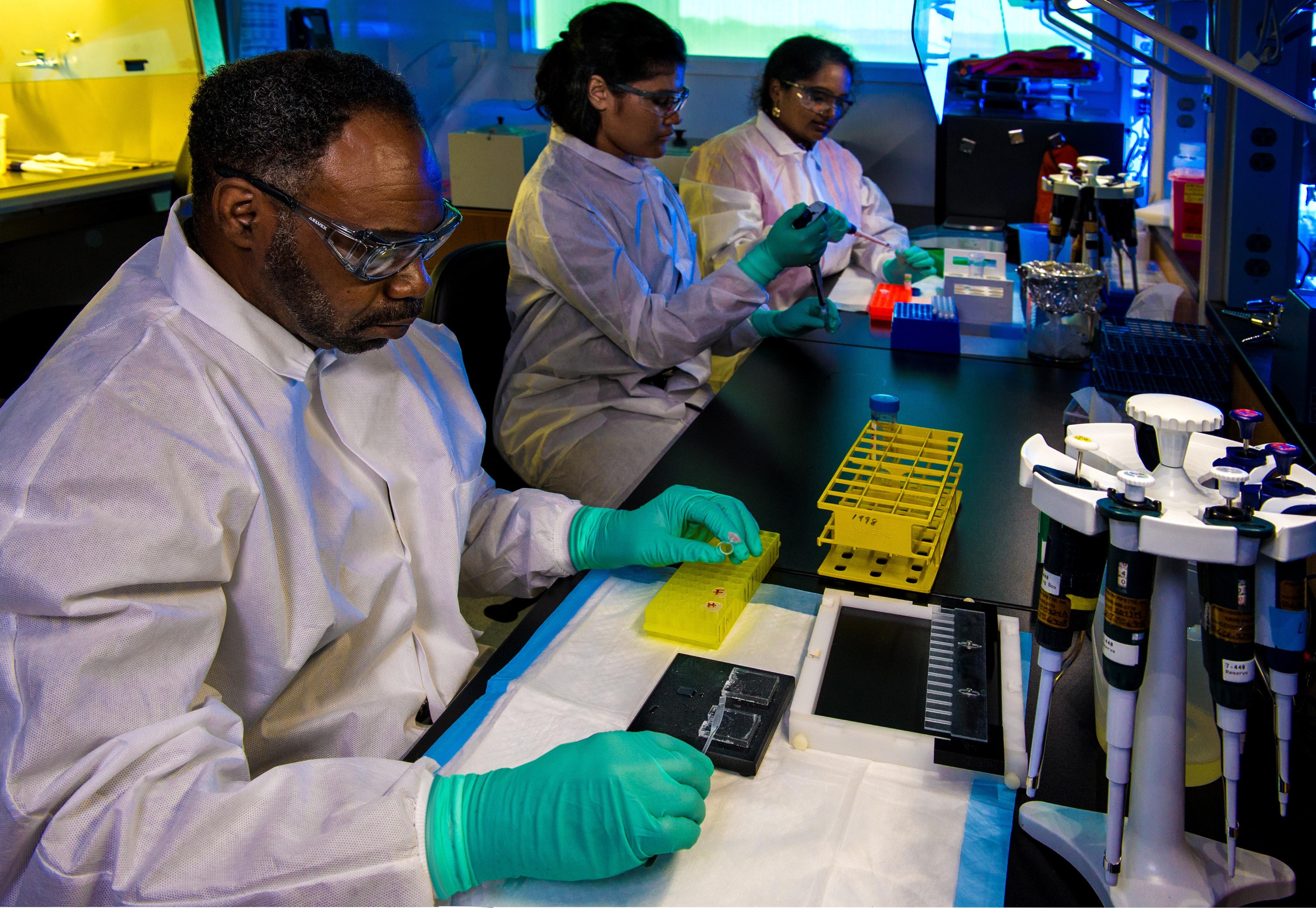 Microbiologist_background.jpg