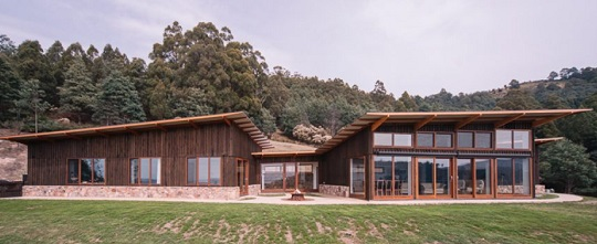 Photo of a sustainable house in Kettering, Tas.
