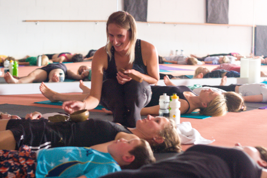 family_yoga_540px.jpg