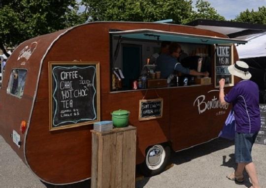 Bentwood Cafe van