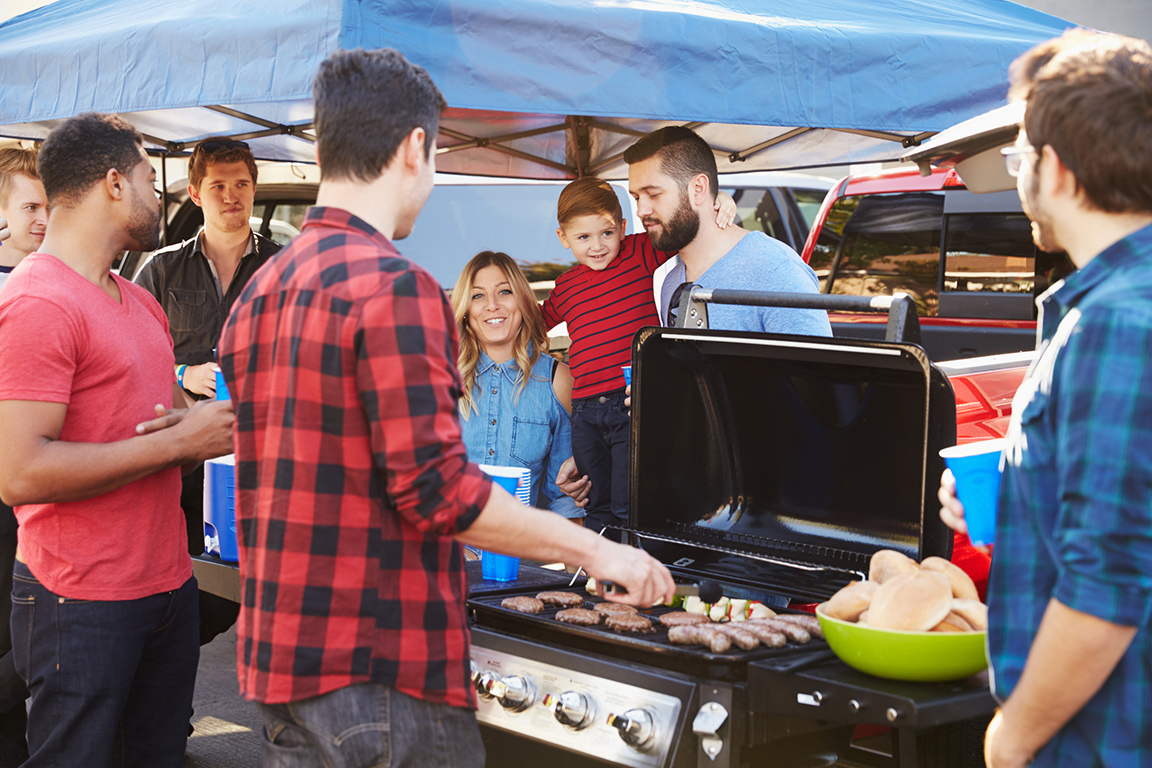 Hosting a Healthier Tailgate May Win You Some New Fans