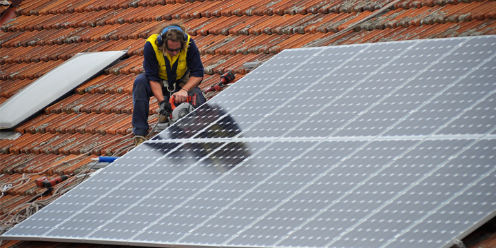 Stop Cuts to Victoria's Feed-in Tariff