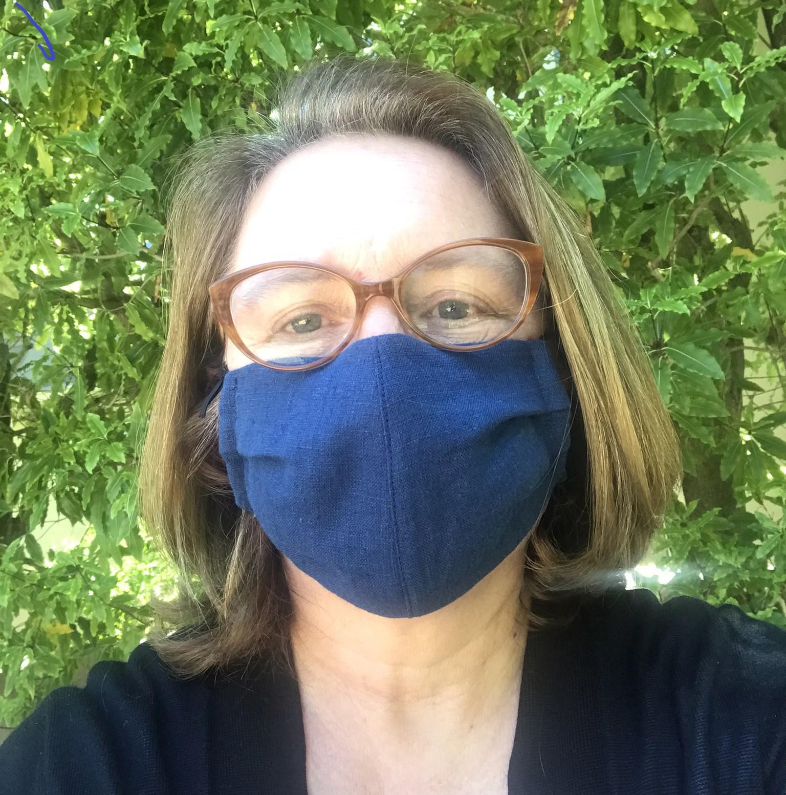 Masked_Sophie.jpg