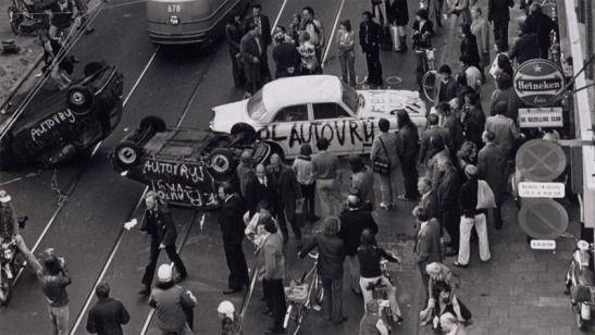 Car_free_Dutch_Protest.jpg