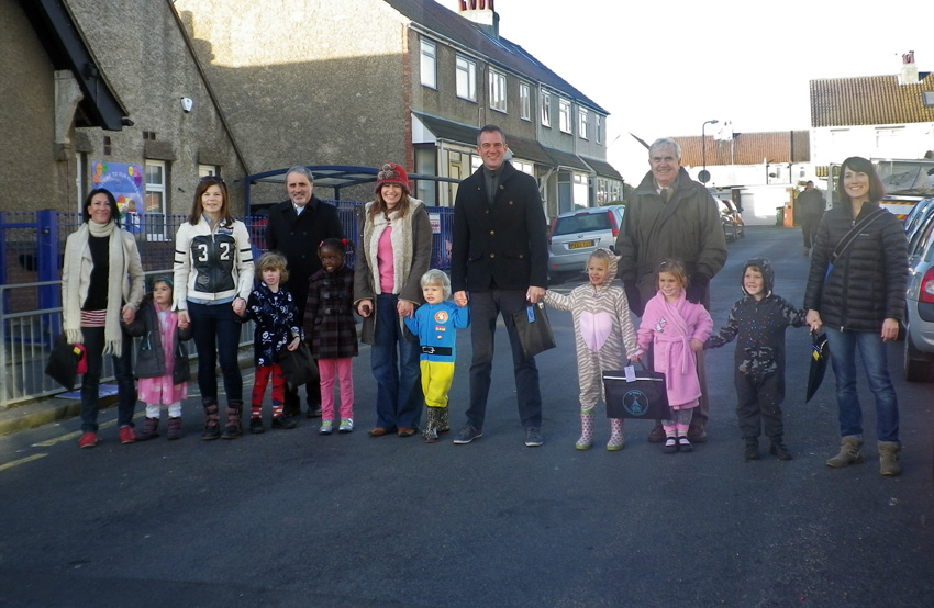 Peter Kyle & crossing campaigners