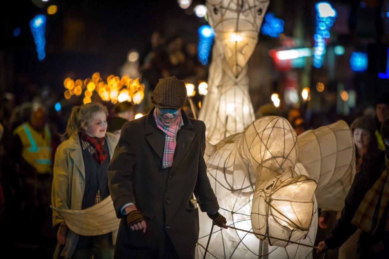Eden_Arts_lantern_procession.jpg