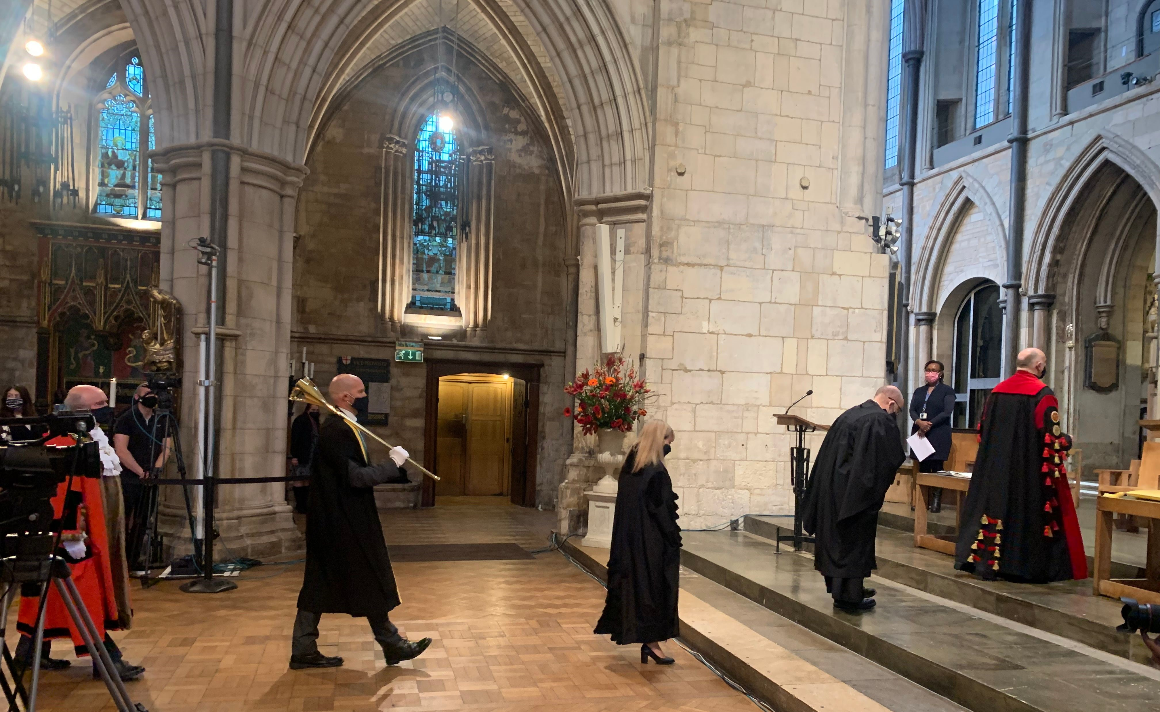 Southwark Cathedral - Arrival of Dean and Mayor