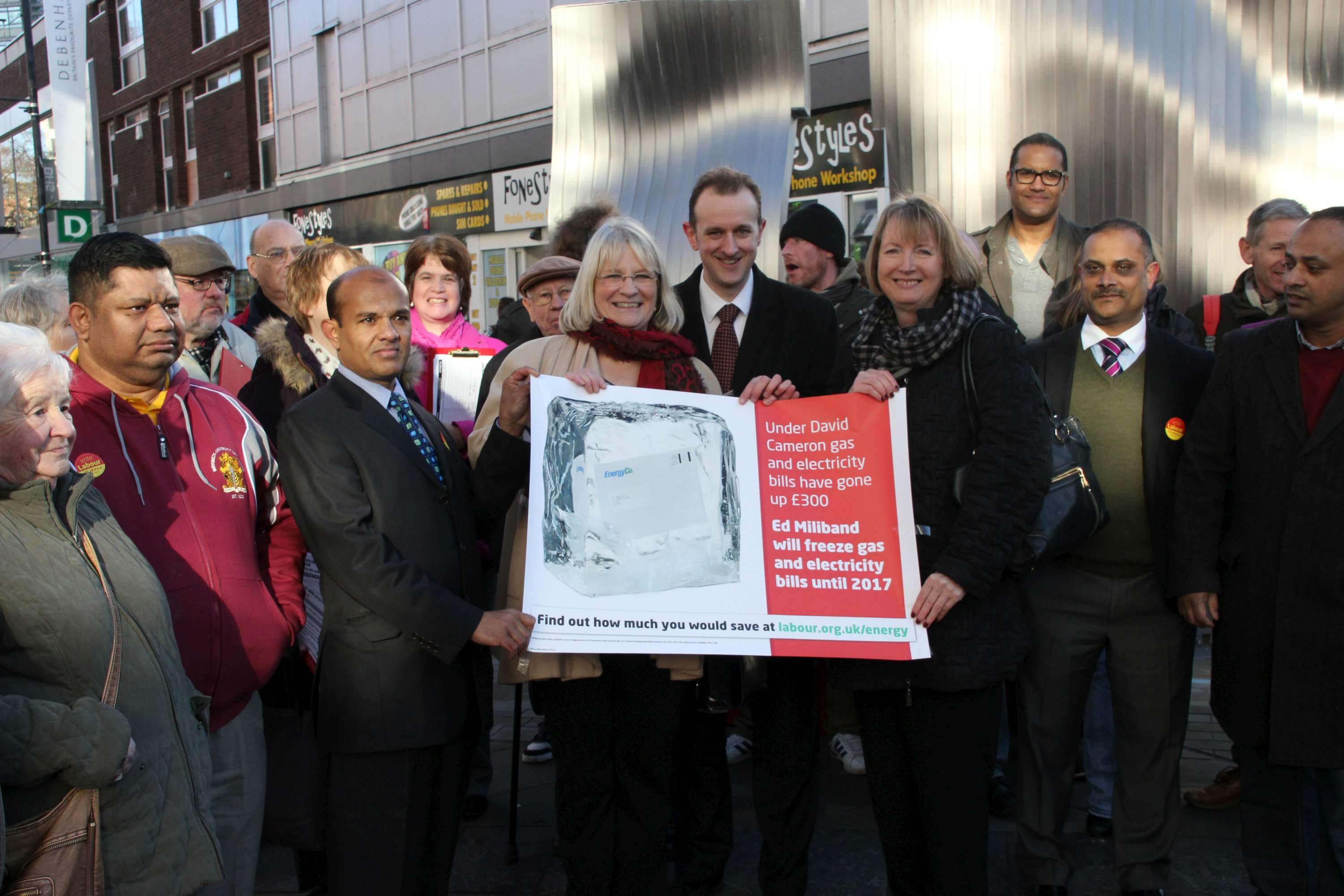 Swindon_Cost_of_Living_campaign_with_HH.jpg