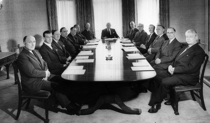 UK-company-boardroom-700x410.jpg
