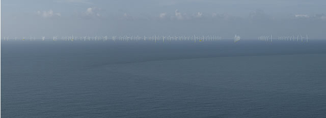 navitus-bay-footpath-overlooking-the-needles-dec-2012.jpg
