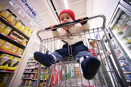 child-shopping-cart-.jpg