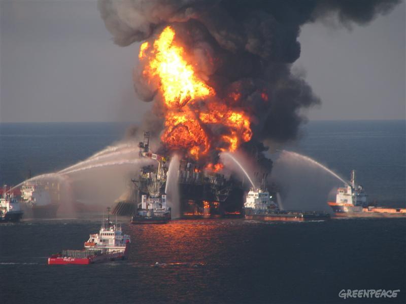 deepwater-horizon-rigfire_1_.jpg
