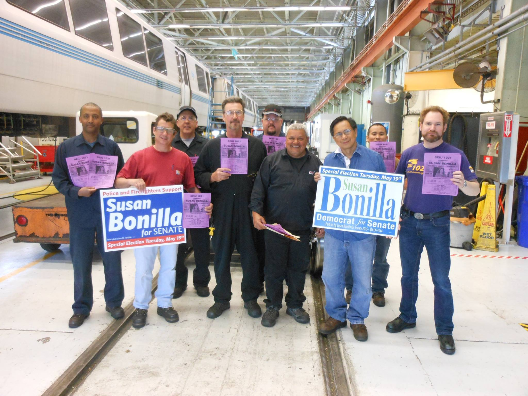 RIC2-BART_Richmond_Yard-Shift_No._1_rallies_for_Susan_Bonilla.jpg