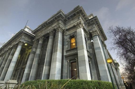 Statues Amendment (Liquor Licensing) Bill