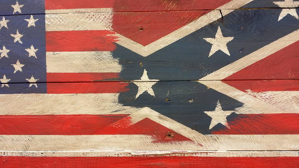 pallet-flag-wall-art.jpg