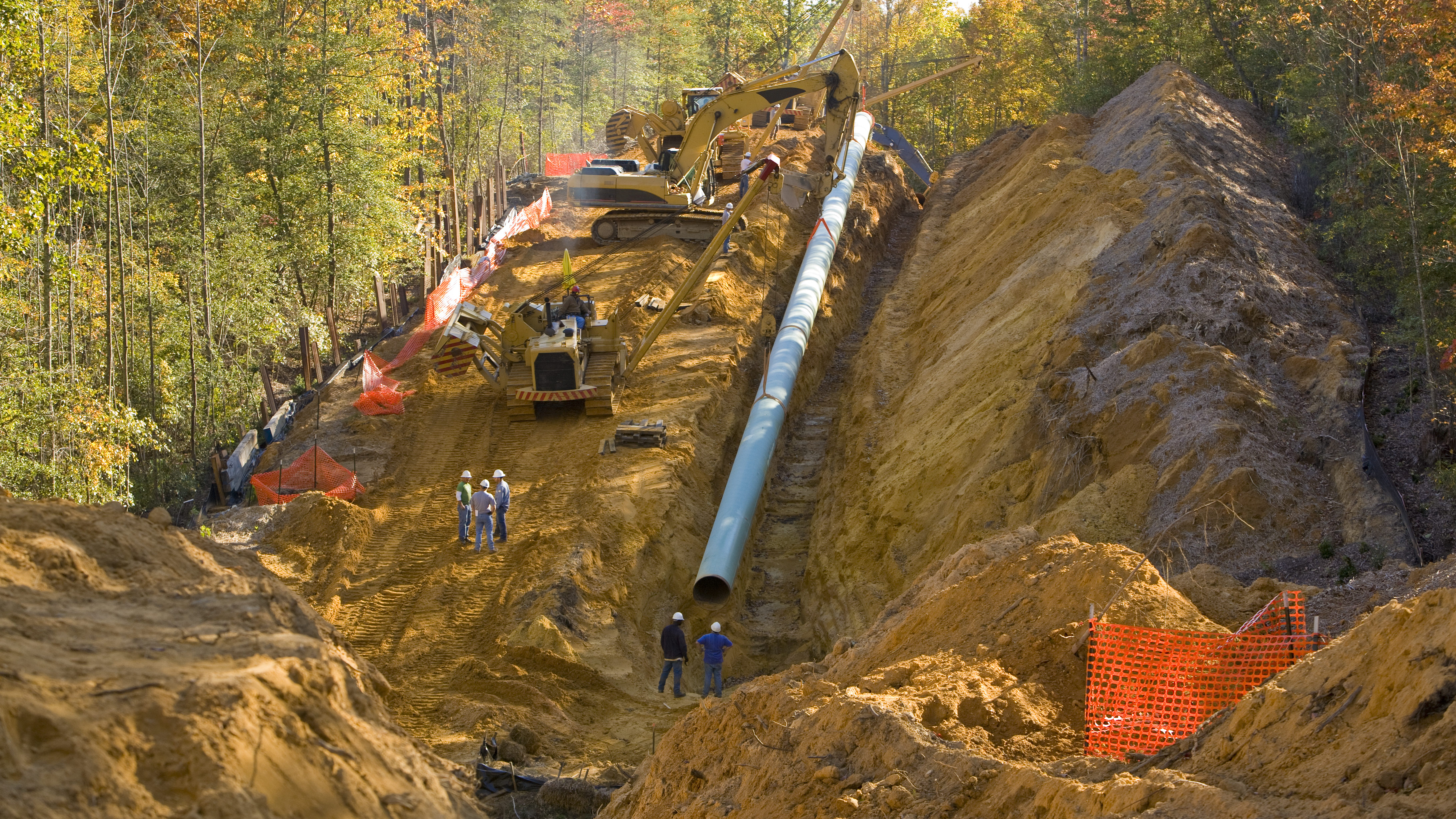 Canadian pipelines have stagnated amidst global boom